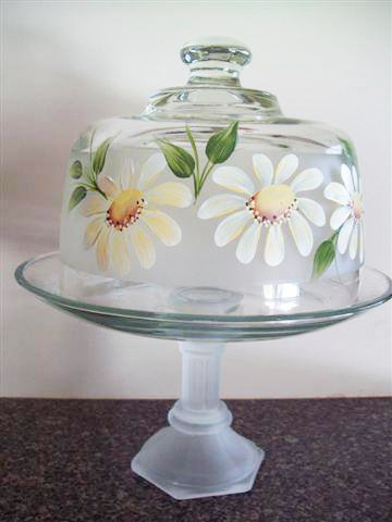 Daisies Cake Dome by Vicki Alley