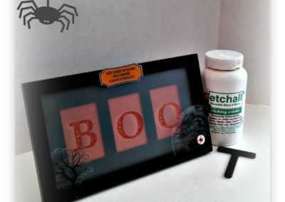 etch'Y'all a spooky plaque for Fall!