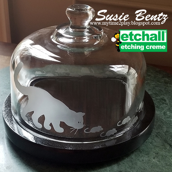 Cat & Mouse Etched Glass Cheese Cloche