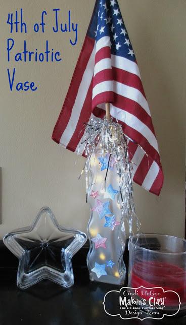 Patriotic Holiday Vase